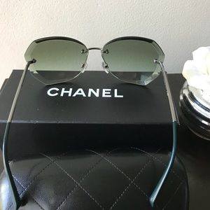 78234a24e53 CHANEL Accessories - Authentic Chanel 4221 c.108 3M Butterfly Sunglasse